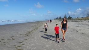 NZ Waihi Beach Spaziergang