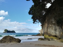 NZ Cathedral Cove 1. Strand