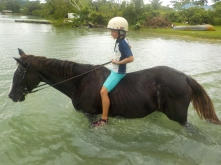 Vanuatu Antonia im Wasser