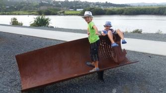 NZ Flussufer bei der Bruecke