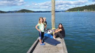 NZ Warten aufs Dinghi