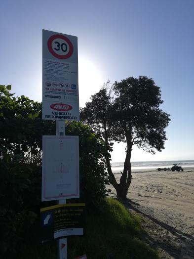 NZ Auffahrt 90 Mile Beach