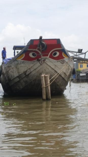 Mekong, Boot mit Augen