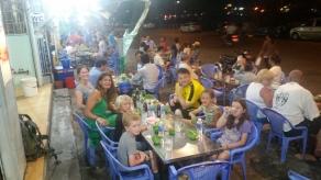 Phan Thiet, Abendessen an der Strasse