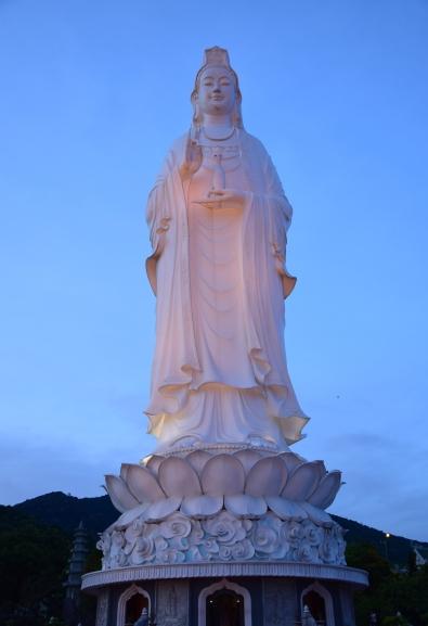 Da Nang, Lady Buddha