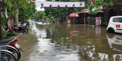 Ueberschwemmung vor dem Hotel