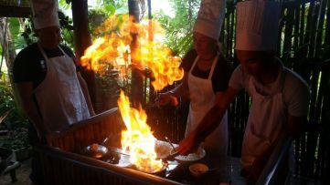 Pfannkuchen mit viel Fett und Feuer