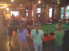Billard spielen in Hoi An