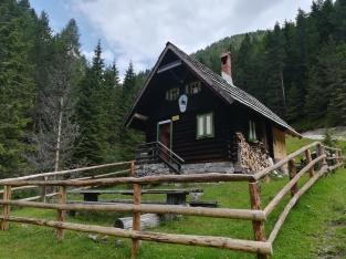 Hütte am Aufstiegsweg